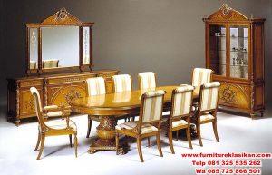 kursi meja makan pimpinan rapat