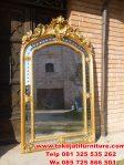 cermin figura ukiran gold