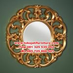 cermin figura ukiran warna gold
