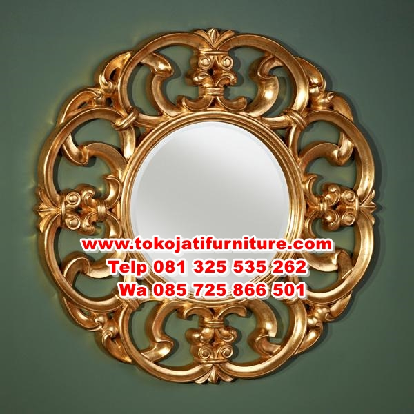 https://furnitureklasikan.com/wp-content/uploads/2018/02/cermin-figura-ukiran-warna-gold.jpg