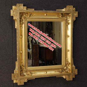 desain figura cermin ukiran klasik