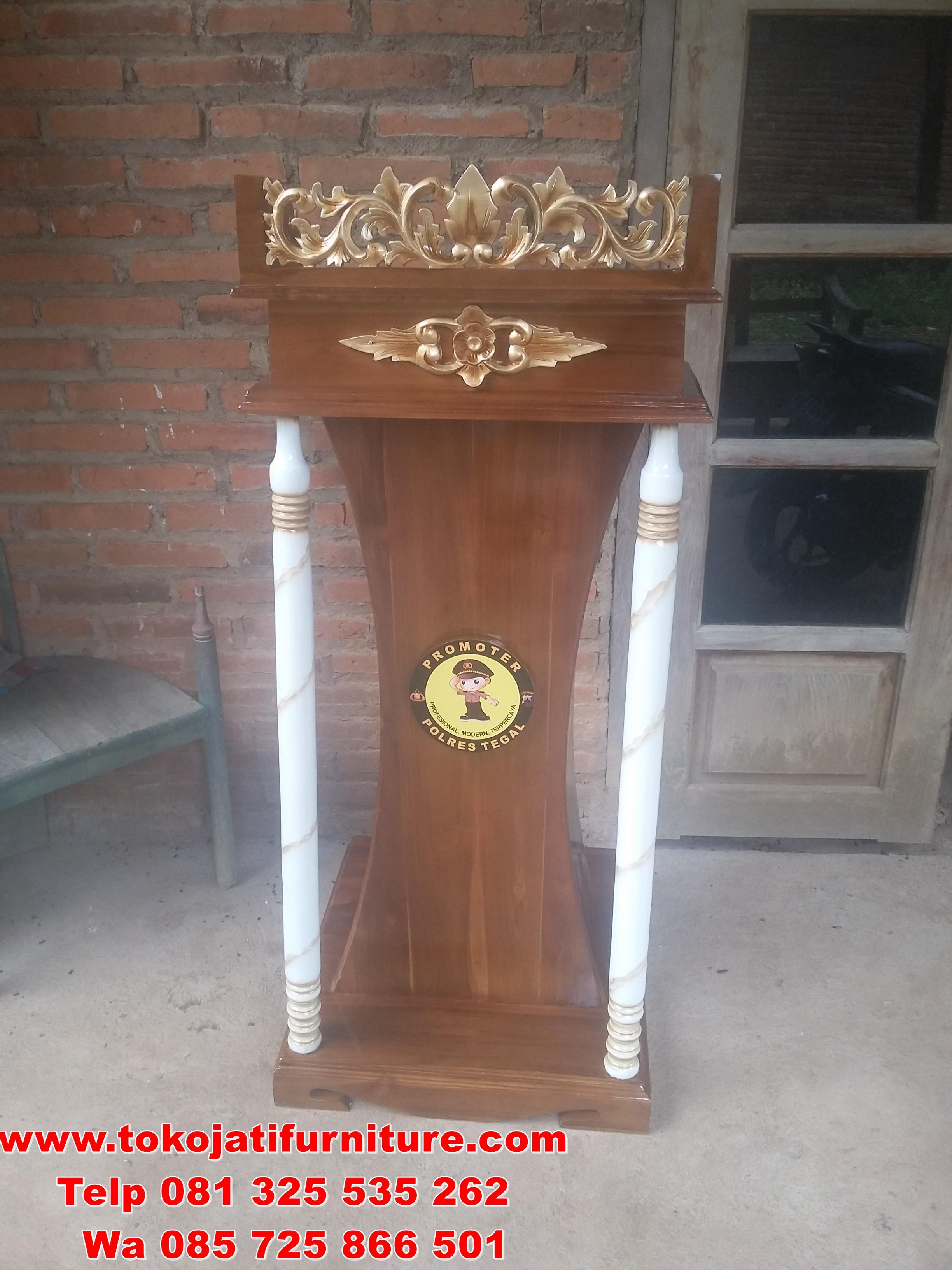 podium Jati ukiran gold marmer