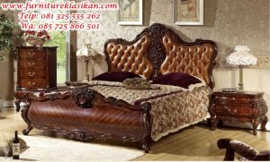 tempat tidur jati klasik modern
