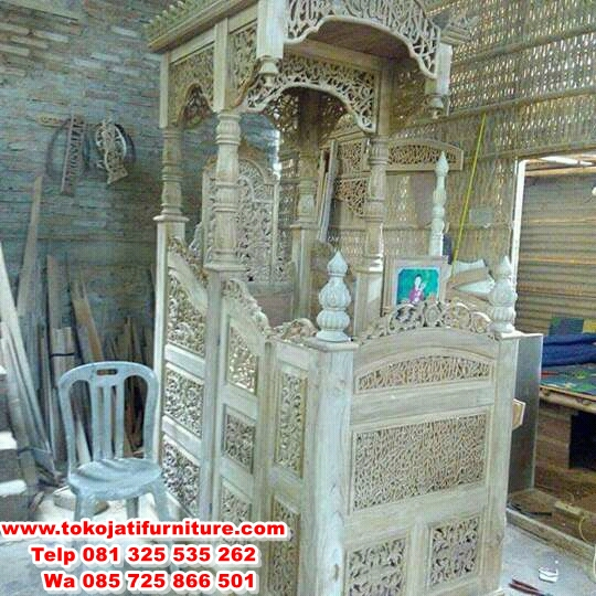 desain mimbar jati masjid terbaru