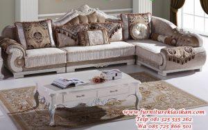Kursi-Sofa-Sudut-Ruang-Tamu