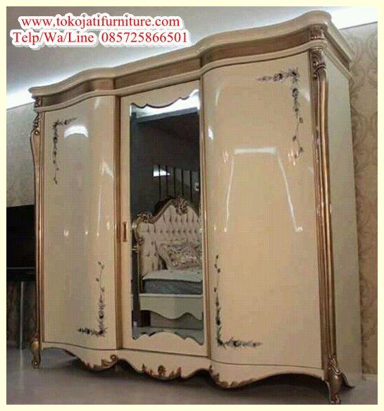 almari Pakaian 3 Pintu Classic Modern