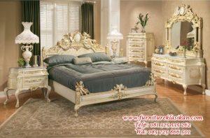 tempat tidur ukir Victorian mewah