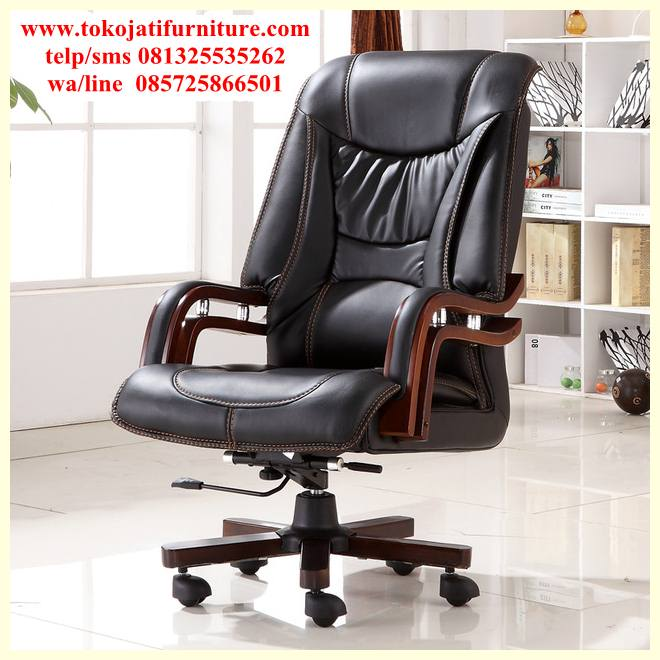 https://furnitureklasikan.com/wp-content/uploads/2018/03/kursi-kantor-jati-executive-direktur.jpg