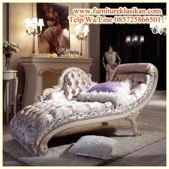 https://furnitureklasikan.com/wp-content/uploads/2018/03/kursi-santai-sofa-ukiran-jepara.jpg