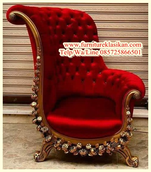 https://furnitureklasikan.com/wp-content/uploads/2018/03/sofa-santai-ukiran-queen-modern.jpg