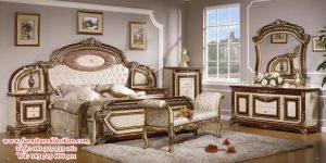 tempat tidur mewah modern klasik