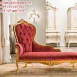 sofa santai perempuan modern